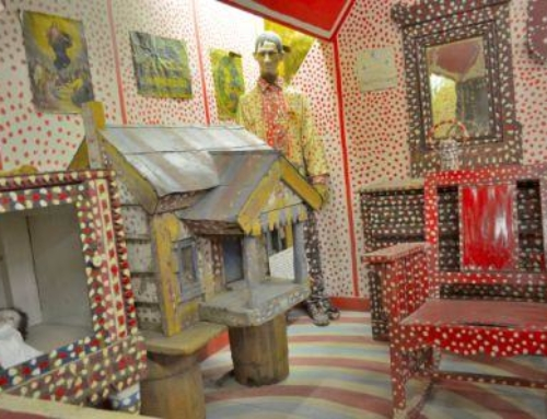 Display Barn – Folk Art